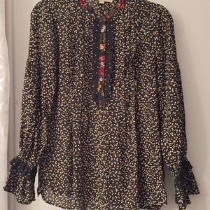 Ladies long sleeve blouse, wonderful condition